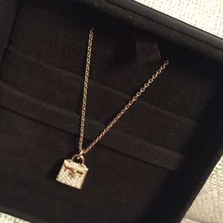 Hermes kelly necklace