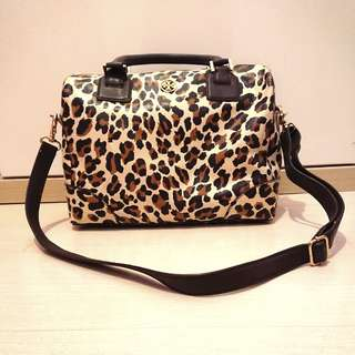 Tory Burch Robinson leopard satchel bag