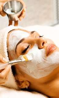 Diamond peel and whitening facial