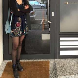 毛呢蕾絲小花設計款長袖洋裝/裙子