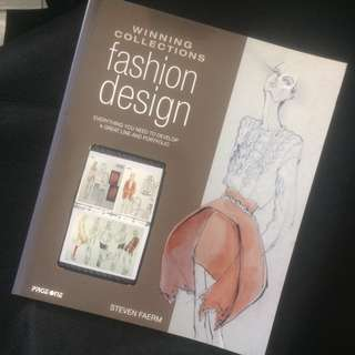 Fashion Design : Winning Collections/Fashion Portfolio Building