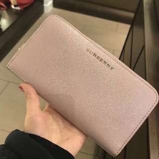 Authentic Burberry Ash Rose Zippy Wallet