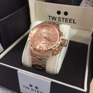 TW Steel with working chrono