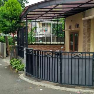 Rumah Minimalis asri Jl gandaria jagakarsa jaksel.