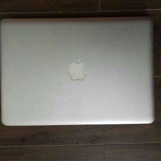 """MacBook Pro 13"""" 2009 model for sales"""