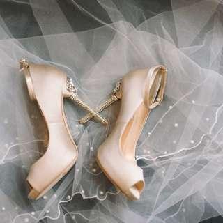 Badgley Mischka Diego Ankle Strap Wedding/ Dinner shoes