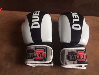 DUELO GLOVES w/ HAND WRAP
