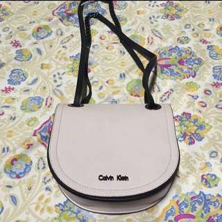 ✨Reduced Price! Authentic Calvin Klein Saddle Bag