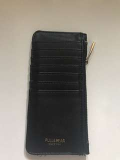 Pull and bear card holder