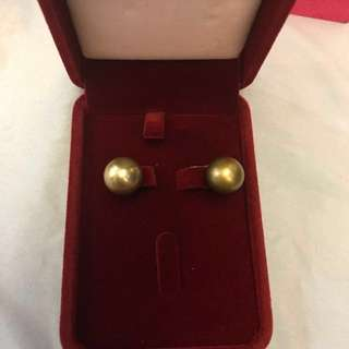 Pistachio South Sea Pearl earrings