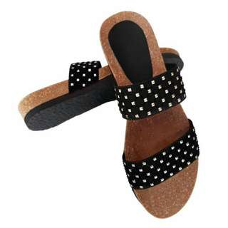 Graterized Sandals
