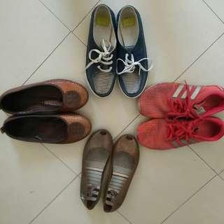 Bundle shoes size 8