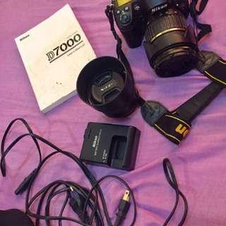Nikon D7000 w/ Tamron 17-50mm f2.8 / Nikkor 50mm 1.4