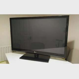 "SALE 42"" LG HD Plasma TV with Built In HD Tuner (42PJ350)"