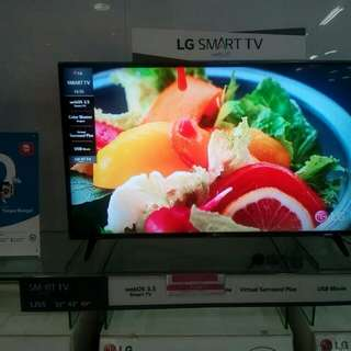 "LG LED Smart TV 43"" UHD"