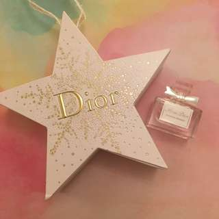 Limited Edition Miss Dior Blooming Bouquet miniature 5ml