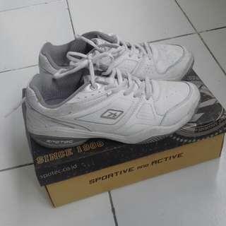 Spotec shoes
