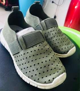 Oxy shoes