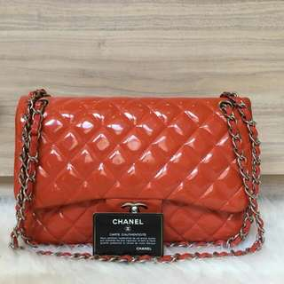CHANEL CLASSIC JUMBO FLAP BAG with luxuriou c lock
