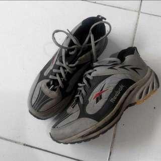 Reebok grey shoes