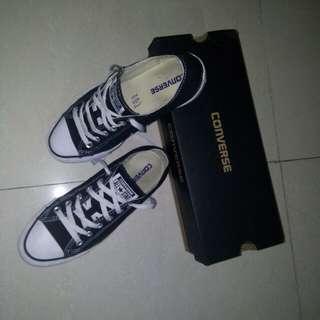 converse shoe