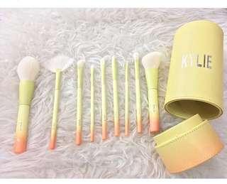 Kylie brushes set