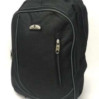 Samsonite backpack size : 16 inches