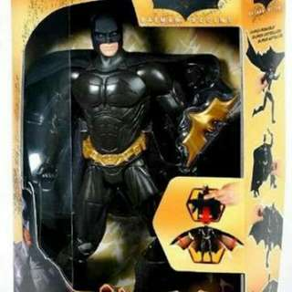 Mattel Batman Begins Action Cape Batman