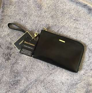 Juicy Couture charging cosmetic bag