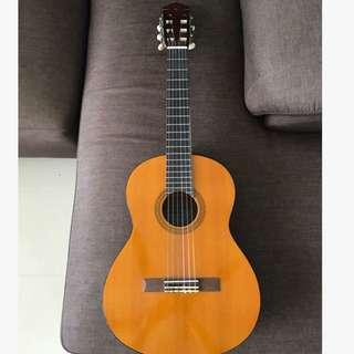 Yamaha Junior guitar