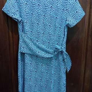 Dress biru merk mint