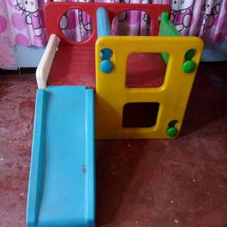 chicco activity cube with slide