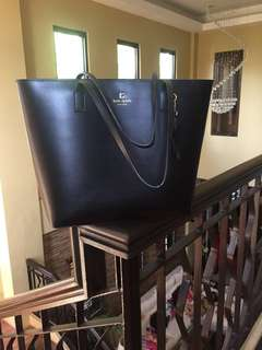 💯% Authentic Kate Spade Tote bag