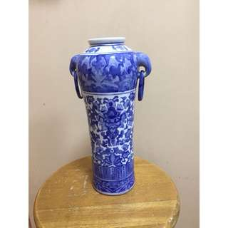 Antique Chinese Porcelain Vase with Rings (40cm height)