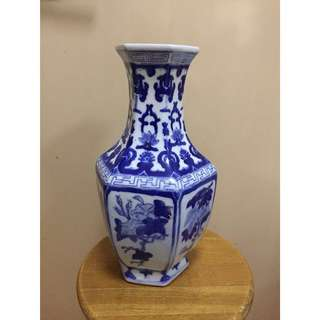 Antique Chinese Porcelain Vase (50cm height)