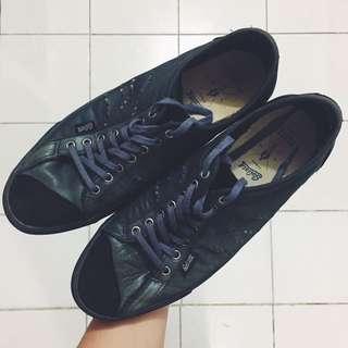 Sepatu/Sneakers Goliath Gully