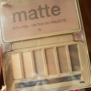 BYS On The Go Matte Eyeshadow Palette
