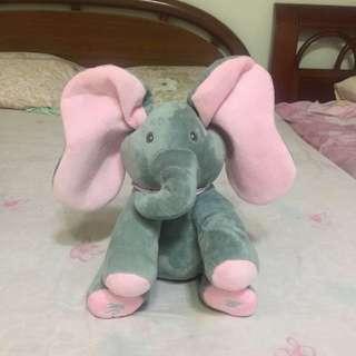 🚚 音樂安撫大象