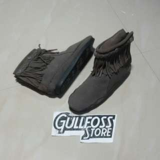 Minnetonka Leather Shoes Second Sepatu Sneaker Bekas import
