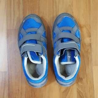 Boys Shoes, US 12, 5-7y old