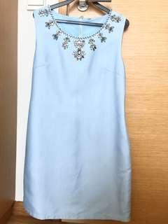 Light blue sleeveless bejeweled collar