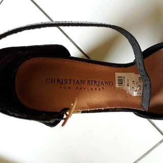 PRELOVED SEPATU HIGH HEELS CHRISTIAN SIRIANO FOR PAYLESS