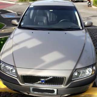 Volvo S80 2.0T Auto 2003 model with insurance.