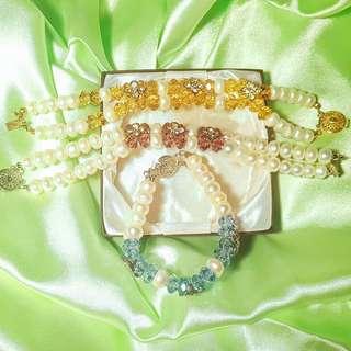 Handmade Seawater Pearls and Crystal Bracelet