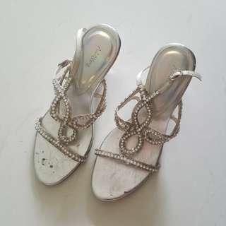 Adri wong party heels