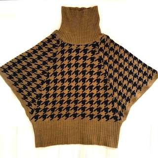 Houndsooth Turtle Neck Top - S to M