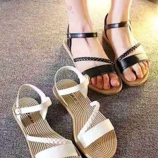 Affordabke sandal