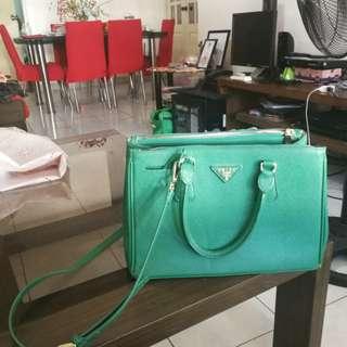 Classy Prada Bag (Green)
