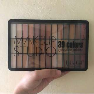 Make up studio palette