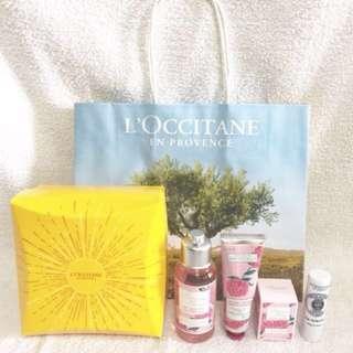 Loccitane / L'occitane (Pivoine Flora) Peony Delights Petite Set